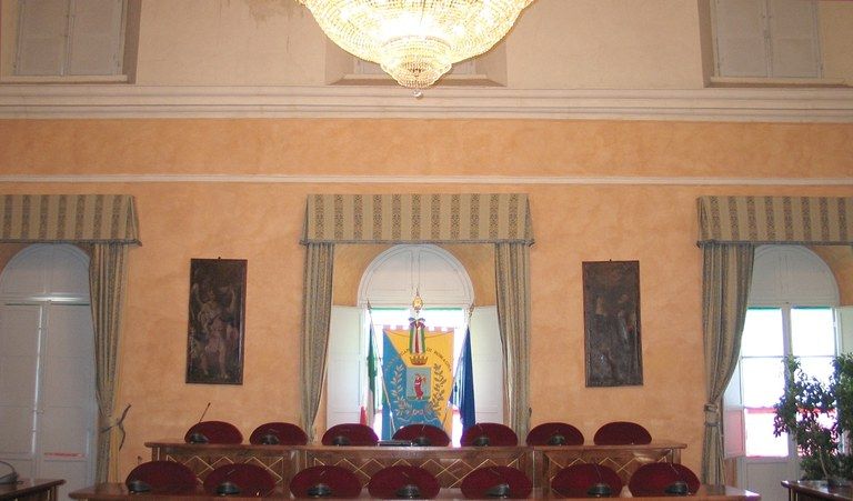 Sala Consiglio_vuota.jpg
