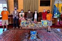 Consegnati alle scuole i materiali raccolti da Ven èulta e TeamBòta
