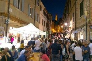 Estate Viva a Santarcangelo: cinquanta serate di teatro, cinema, musica, shopping e mercatini