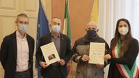La tessera di socio onorario Pro Loco 2020 a Giorgio Pecci