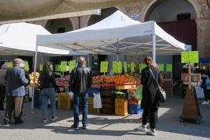 Mercato del venerdì, riapre temporaneamente via di piazza Ganganelli