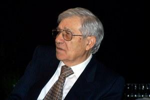 È deceduto nella notte all'ospedale di Santarcangelo il poeta Gianni Fucci