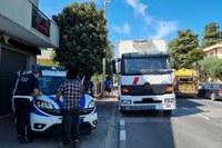 Polizia locale Valmarecchia, controlli sulla regolarità dei mezzi pesanti a Santarcangelo, Verucchio e Poggio Torriana