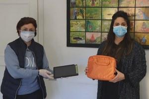 Scuola, dall'Amministrazione comunale 20 tablet per gli studenti della Franchini