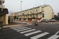 Via Alessandrini, a senso unico di marcia e con sosta regolamentata